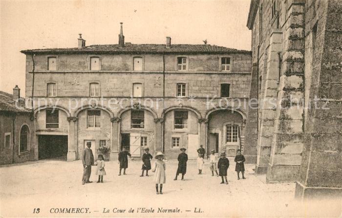 AK / Ansichtskarte Commercy_Meuse la Cour de l'Ecole Normale Commercy Meuse 0