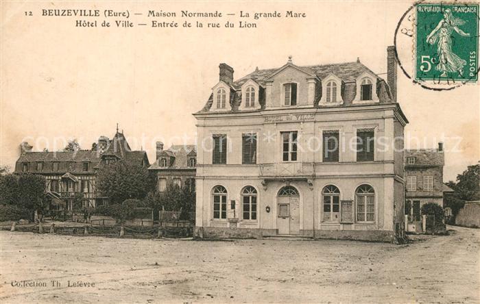 AK / Ansichtskarte Beuzeville Maison Normande La grande Mare Hotel de Ville Entree de la rue du Lion Beuzeville 0