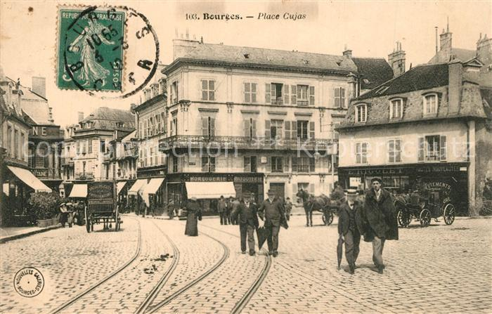 AK / Ansichtskarte Bourges Place Cujas Bourges 0