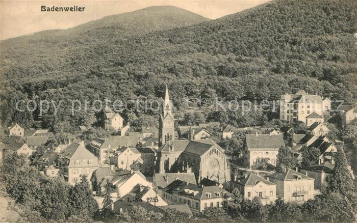 AK / Ansichtskarte Badenweiler Stadtbild mit Kirche Kurort im Schwarzwald Badenweiler