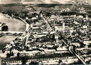 AK / Ansichtskarte Villeneuve sur Yonne Fliegeraufnahme Villeneuve sur Yonne