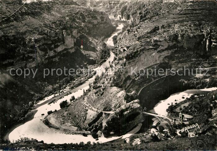 AK / Ansichtskarte Saint Chely d_Apcher Gorges du Tarn Boucle du Tarn a Saint Chely Vue aerienne Saint Chely d Apcher