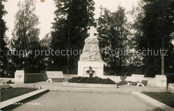 AK / Ansichtskarte Vaasa Kriegerdenkmal Vaasa