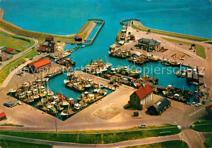 AK / Ansichtskarte Texel Haven Oudeschild vanuit de lucht Hafen Fliegeraufnahme Texel