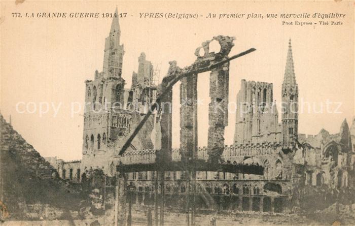 AK / Ansichtskarte Ypres_Ypern_West_Vlaanderen Au premier plan une merveille d euqiltbre Ypres_Ypern