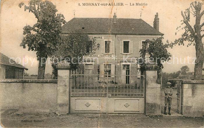 AK / Ansichtskarte Mornay sur Allier La Mairie Mornay sur Allier