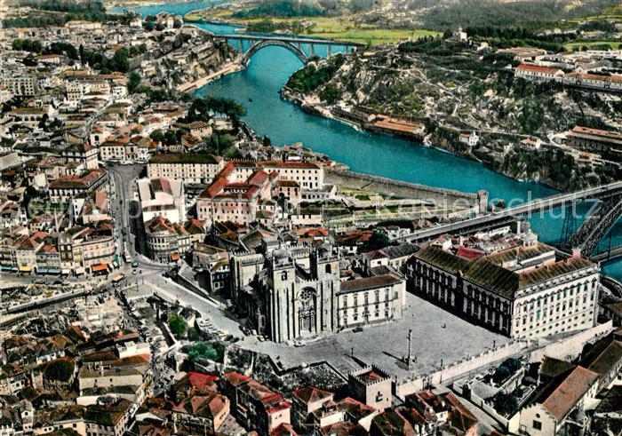 AK / Ansichtskarte Porto_Portugal Catedral vista aerea Porto Portugal