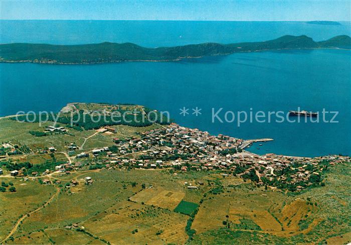 AK / Ansichtskarte Pylos Fliegeraufnahme mit Stadt Burg und Insel Sphaktiria Pylos