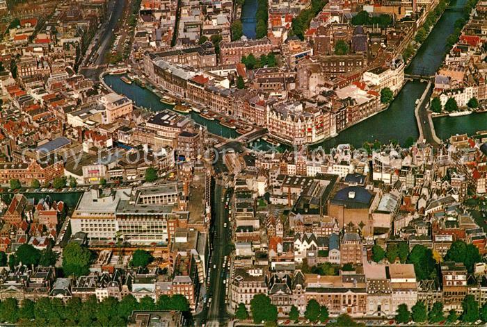 AK / Ansichtskarte Amsterdam_Niederlande Stadtzentrum Alttstadt Fliegeraufnahme Amsterdam_Niederlande