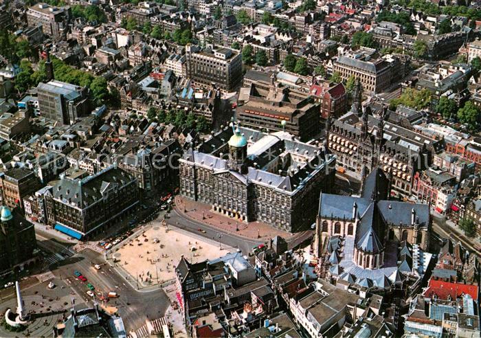AK / Ansichtskarte Amsterdam_Niederlande Panorama met Kon. Paleis en Nieuwe Kerk luchtopname Amsterdam_Niederlande
