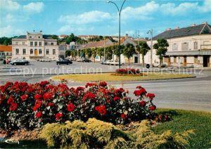 AK / Ansichtskarte Montataire Place de la mairie Montataire
