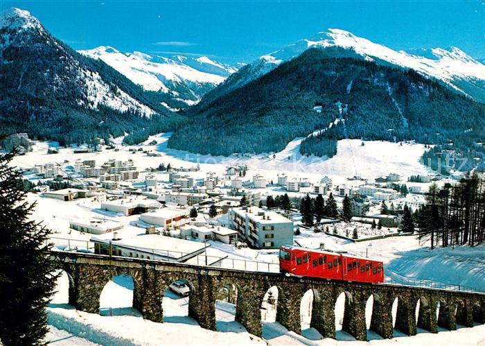 AK / Ansichtskarte Davos_Dorf_GR mit Pischahorn und Parsenn Bahn Davos_Dorf_GR