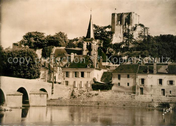AK / Ansichtskarte Montrichard Chateau Eglise Sainte Croix Montrichard