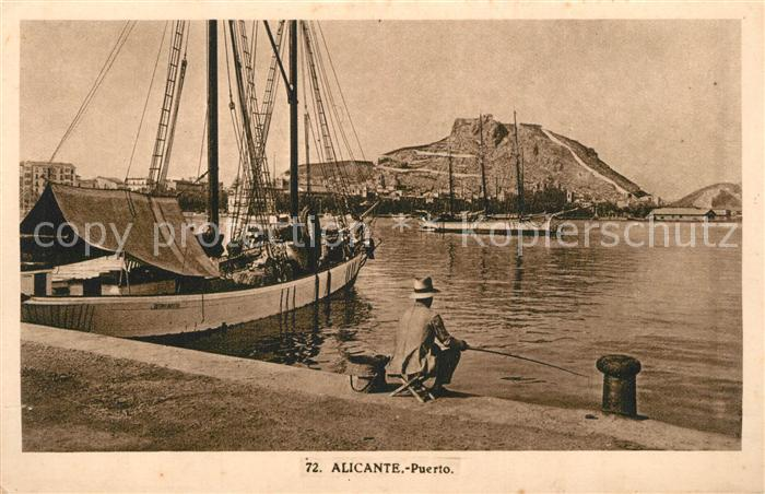 AK / Ansichtskarte Alicante Puerto Bateaux Alicante