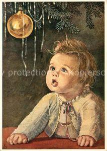 AK / Ansichtskarte Kinder_Child_Enfants Kleinkind Weihnachtskugel Weihnachten K?nstlerkarte
