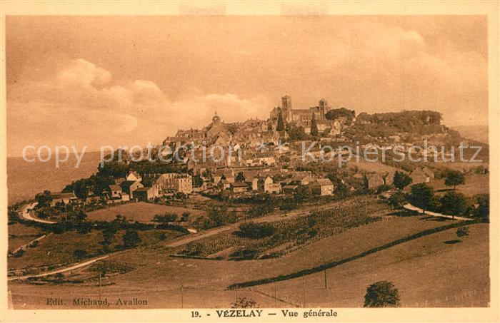 AK / Ansichtskarte Vezelay Vue generale Vezelay