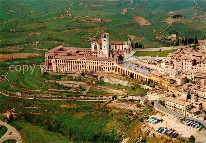 Assisi_Umbria Basilica di San Francesco vista dall aereo Assisi Umbria