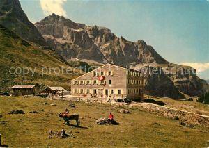 AK / Ansichtskarte Wolfenschiessen Berghaus Urnerstaffel auf der Bannalp Urner Alpen Wolfenschiessen