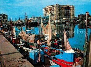 Saint Nazaire_Loire Atlantique Le Port bateaux de peche Saint Nazaire