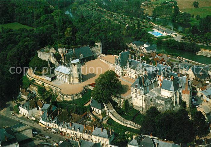 Saint Aignan_Loir et Cher Chateau Renaissance et les vestiges de la forteresse feodale vue aerienne Saint Aignan Loir et Cher