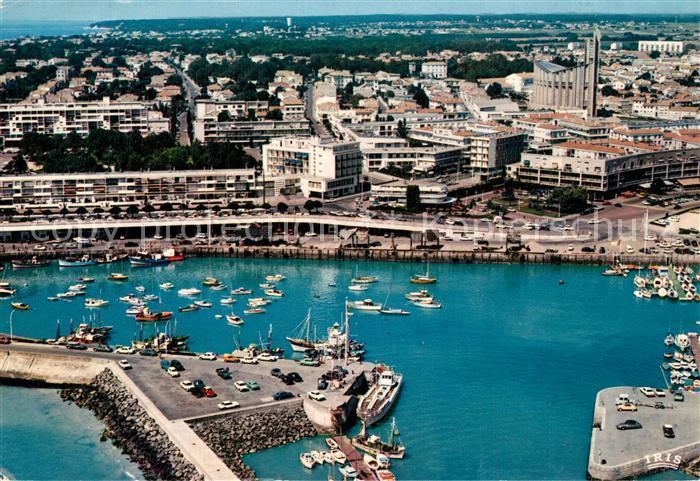 Royan_Charente Maritime Vue d ensemble Port Front de Mer Eglise Notre Dame vue aerienne Royan Charente Maritime