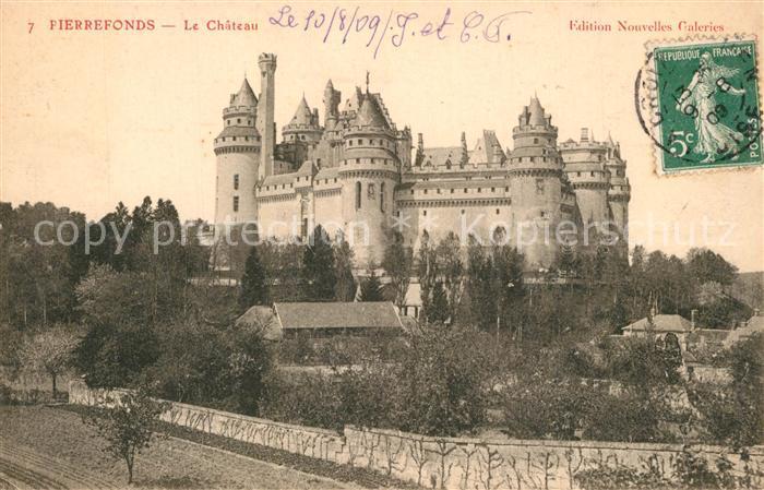 Pierrefonds_Oise Chateau Schloss Pierrefonds Oise