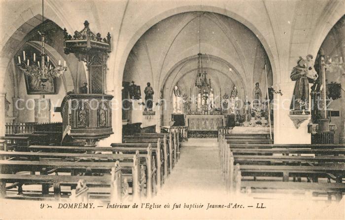 Domremy la Pucelle_Vosges Interieur de l Eglise où fut baptisee Jeanne d Arc Domremy la Pucelle_Vosges