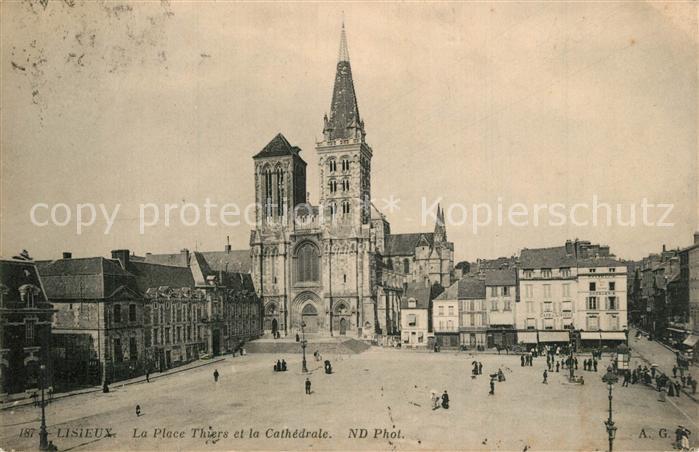 Lisieux Place Thiers et la Cathedrale Lisieux