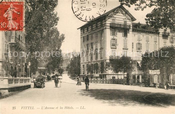 Vittel Avenue et les Hotels Vittel