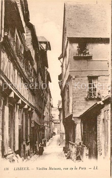 Lisieux Rue de la Paix vieilles maisons Lisieux