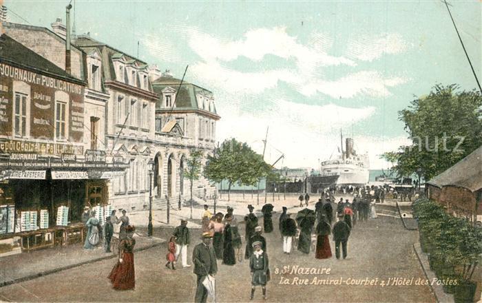 Saint Nazaire_Loire Atlantique La Rue Amiral Courbet Hotel des Postes Saint Nazaire