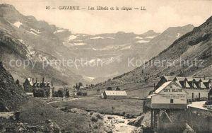 Gavarnie_Hautes Pyrenees Les Hotels et le cirque Gavarnie Hautes Pyrenees