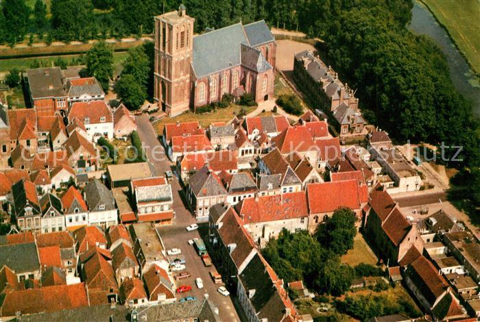 Elburg NH Kerk met omgeving in vogelvlucht Elburg