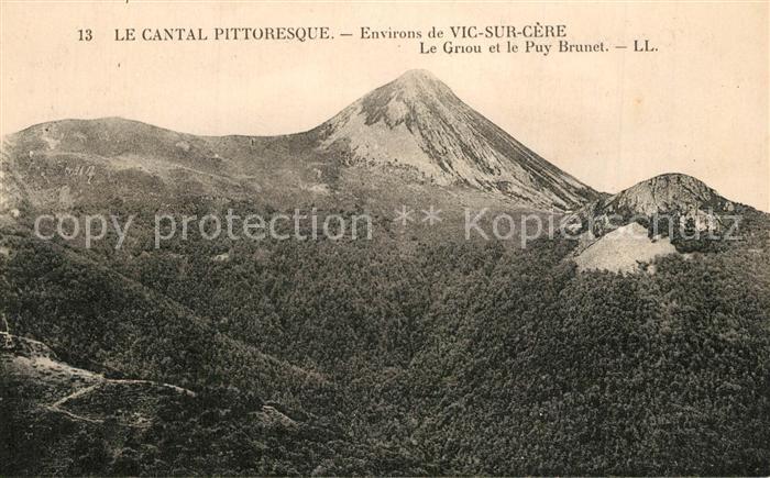 Vic sur Cere Le Griou et le Puy Brunet Vic sur Cere