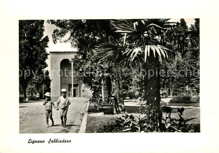 Lignano_Sabbiadoro Kinder im Park Lignano Sabbiadoro