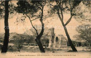 Saint Remy de Provence Les Antiques Vue prise de l`All?ede St Paul Saint Remy de Provence