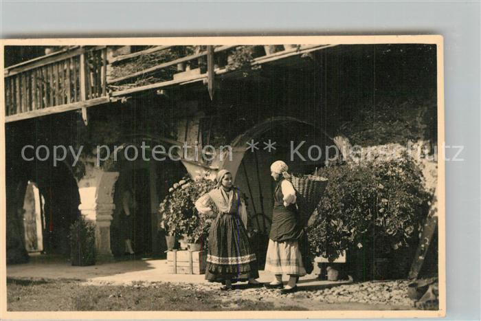 Tolmezzo Casa della Primavera Frauen Trachten Tolmezzo