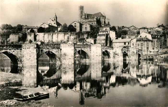 Limoges_Haute_Vienne Pont Saint Etienne et la Cathedrale Limoges_Haute_Vienne