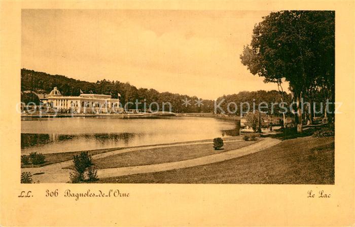 Bagnoles de l_Orne Promenade au bord de la riviere Bagnoles de l_Orne