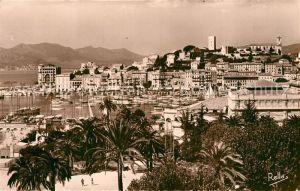 Cannes_Alpes Maritimes Le port Quai Saint Pierre et le Suquet Cannes Alpes Maritimes