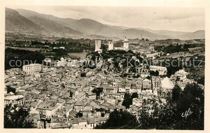 Foix Vue sur la Ville et le Chateau Foix