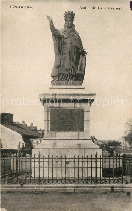 Aurillac Statue du Pape Gerbert Aurillac