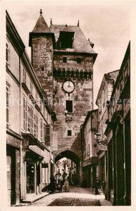 Saint Jean d_Angely La grosse horloge Saint Jean d Angely