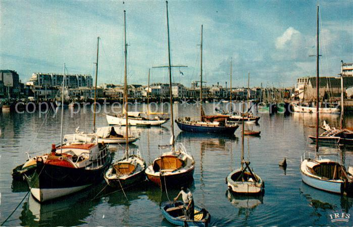 Les_Sables d_Olonne Voiliers dans le port Les_Sables d_Olonne