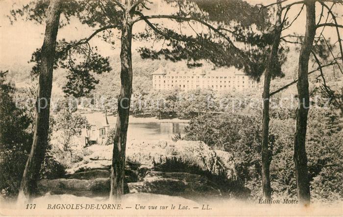 Bagnoles de l_Orne Une vue sur le Lac Bagnoles de l_Orne
