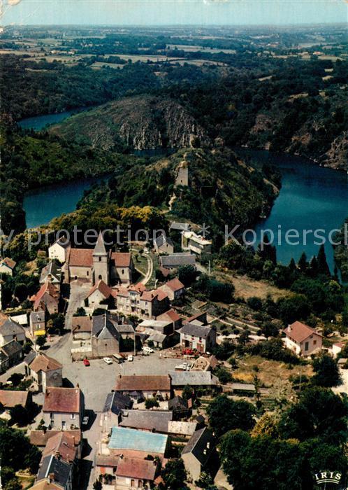 Crozant et les ruines du chateau vue aerienne Crozant