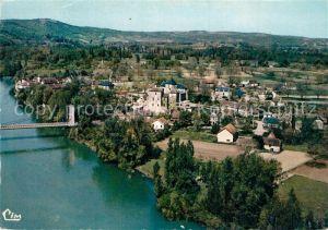 Meyronne Pont suspendu sur la Dordogne et le village vue aerienne Meyronne