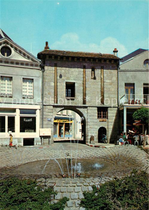 Chateau Chinon_Ville Place Notre Dame Chateau Chinon_Ville