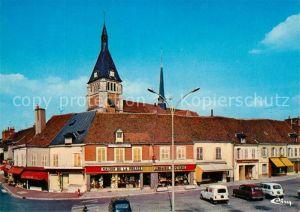 Lorris Eglise Place du Martroi Lorris
