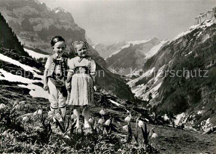 Trachten_Schweiz Appenzell Alpstein Kinder
